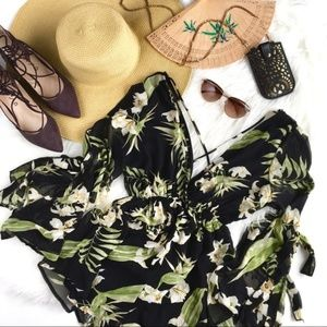 """""""Paradiso"""" Tropical Floral Deep-V Strappy Romper S"""